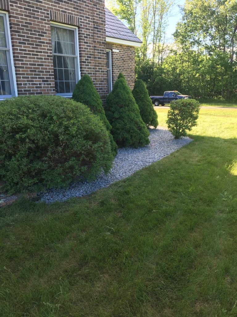 Hedge trim, crushed stone, weed mat
