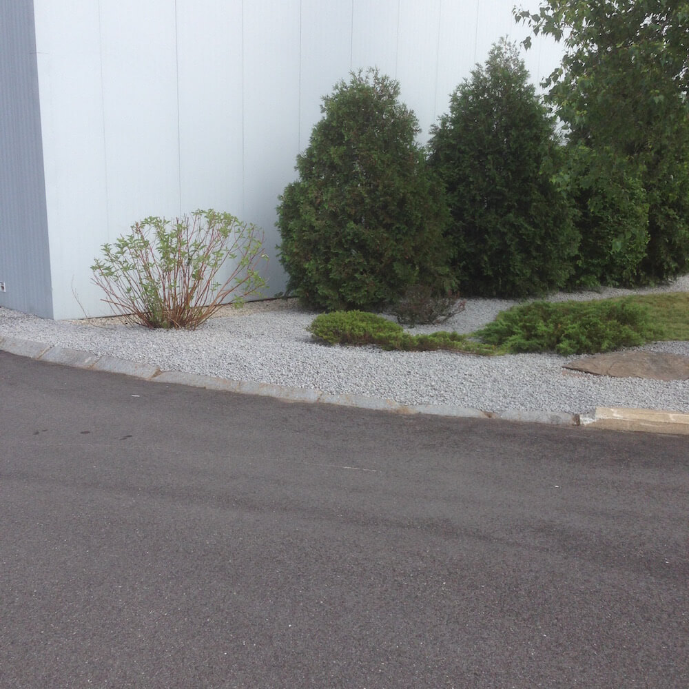 weeding, with crushed stone